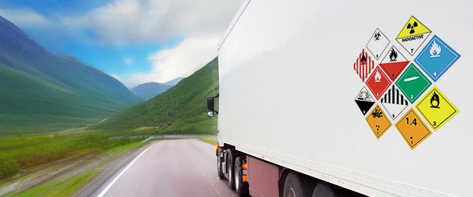Tipos de mercancías peligrosas que se transportan por vía terrestre