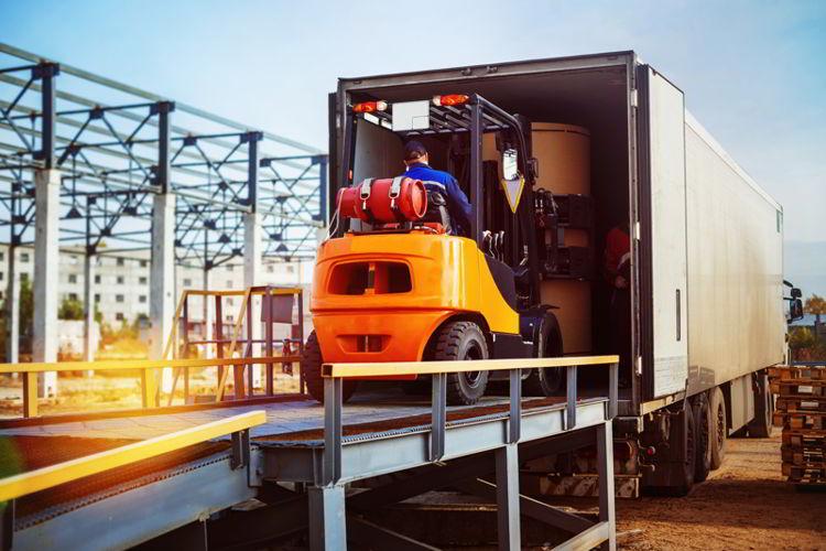Consejos para reducir costos en transporte de carga terrestre