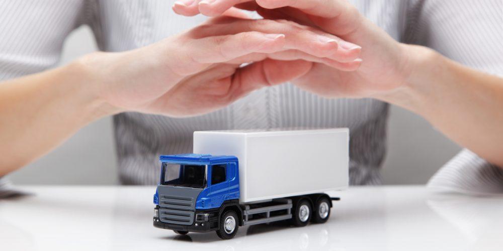 Tipos de seguro para envíos y flete terrestre