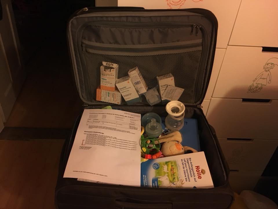 Gepackte Koffer für die Bronchoskopie