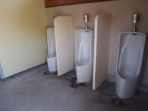 OKオートキャンプ場トイレ棟