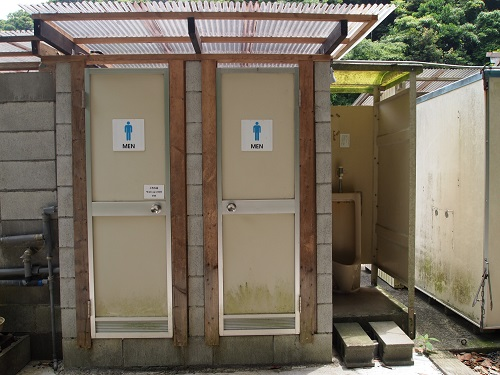 勝浦まんぼうトイレ