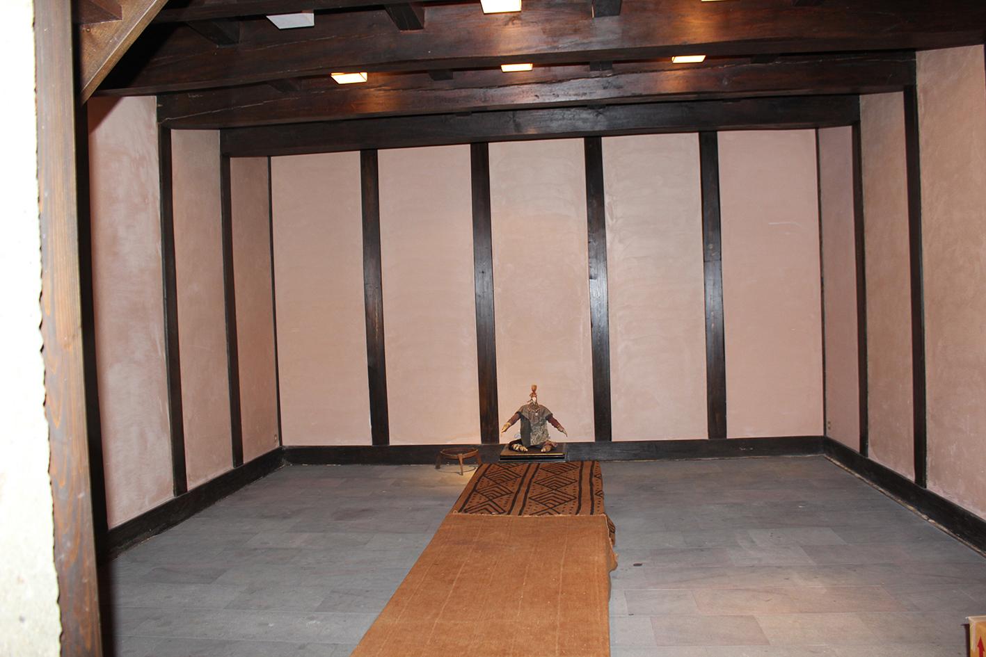 上塗蔵の写真①です。蔵は一定の温度と湿度を保ちやすい。