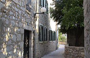Kroatien - Romantische Gasse Betina