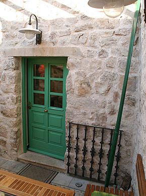 Kroatien - Ferienhaus Bounty Eingang