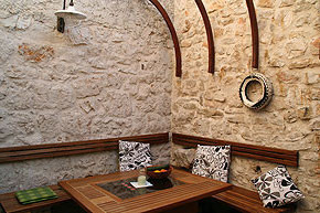 Kroatien - Ferienhaus Bounty Innenhof