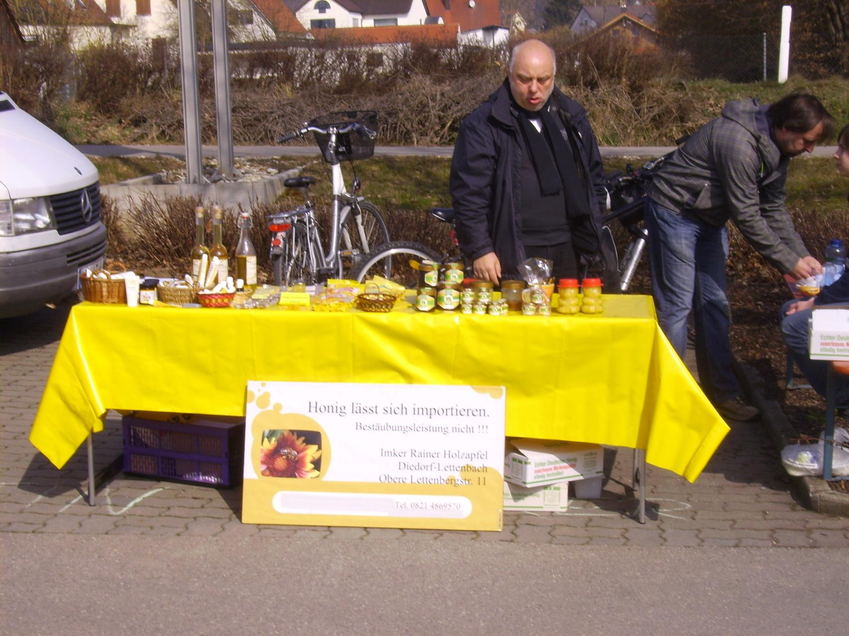 Honig aus Lettenbach vom Imker Holzapfel und Jungimker Sturm aus Horgau - Warum in die Ferne schweifen....?