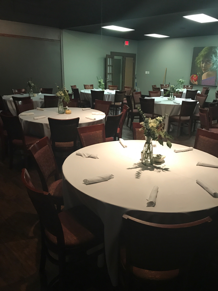 Come and check out Kyndal's at Olive or Twist, we can accommodate wedding receptions, corporate events and dinner functions for up to 150 people.