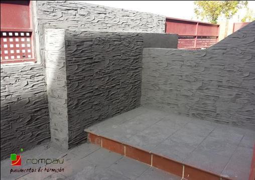 Muros de bloques, impreso vertical en Toledo