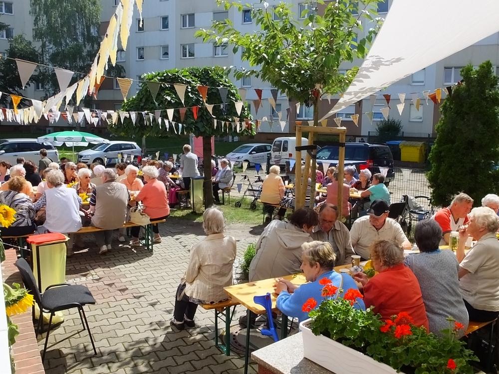 "Sommerfest im ""Klub-66"""