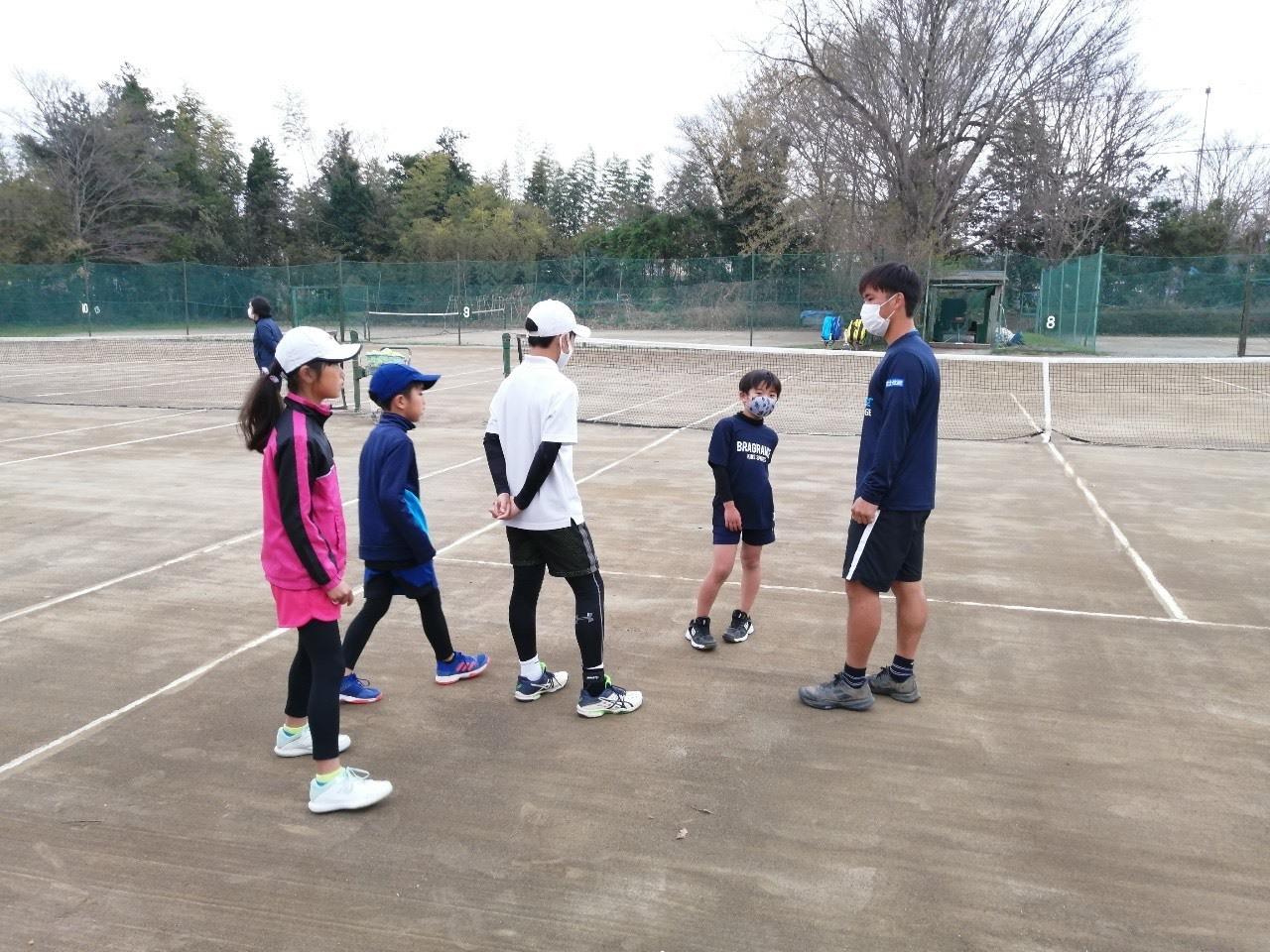 むさしの村ローンテニスクラブ交流会 齋藤惠佑プロとジュニア選手