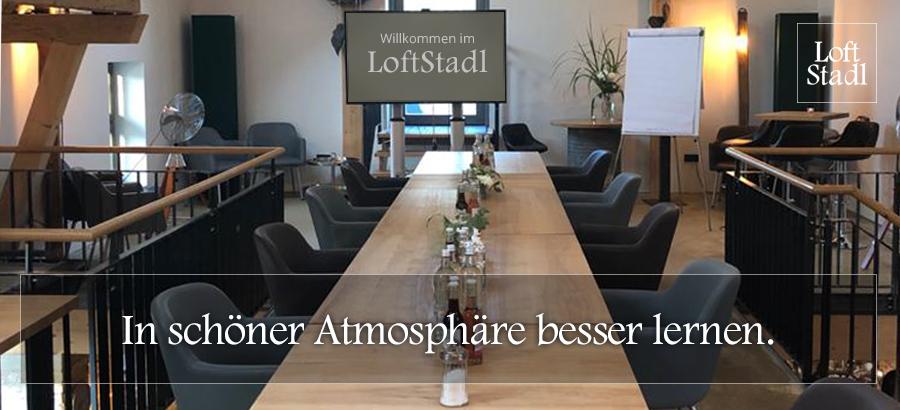 Seminarraum in Landshut im LoftStadl miete. Weiterbildung, Firmenseminar, Kundenseminar, Lehrgang, Vortrag