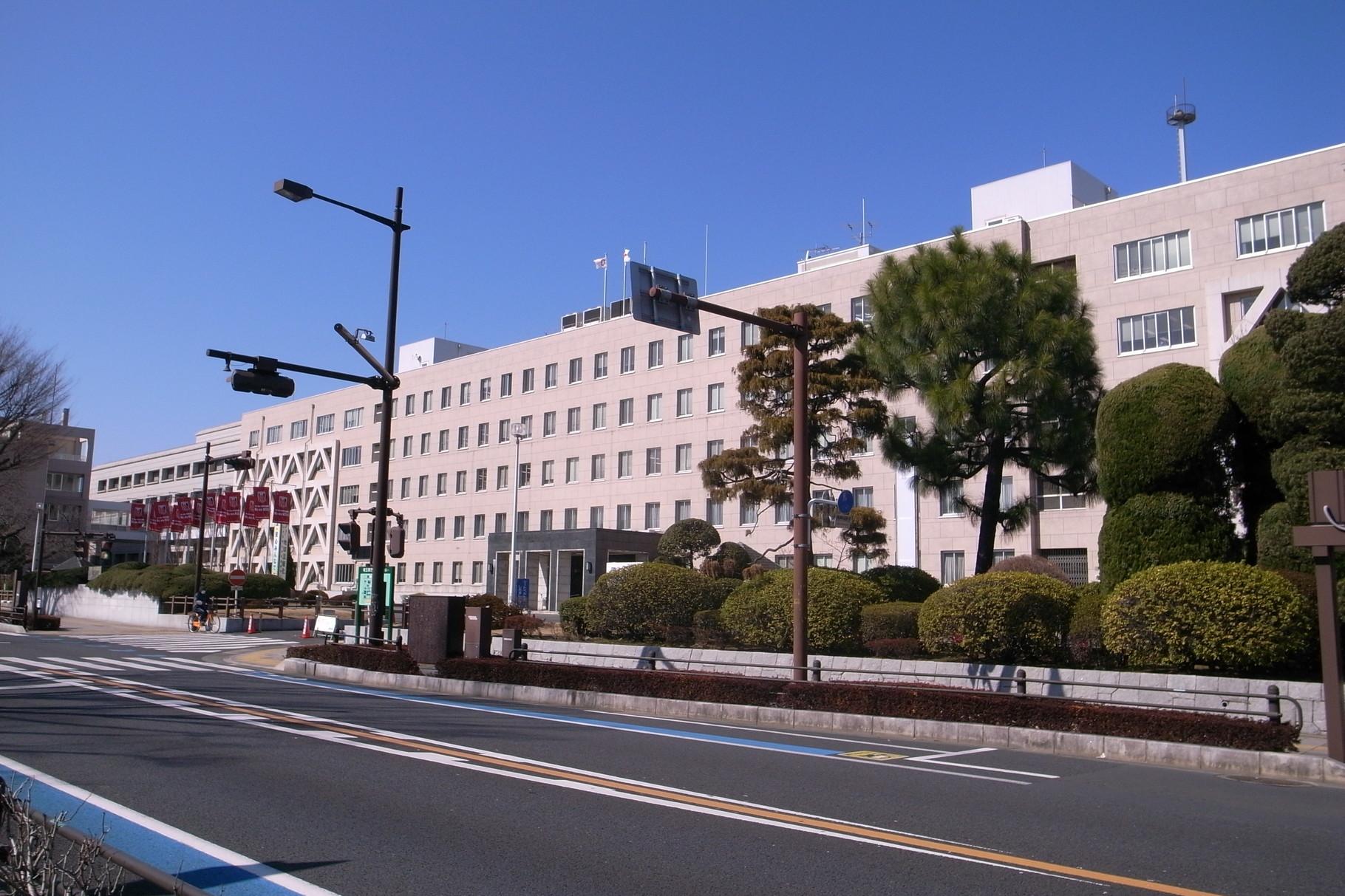 埼玉県庁 800m(徒歩10分)
