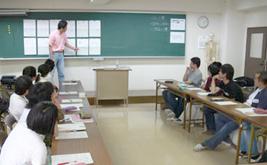 講義(鍼灸専門学校)