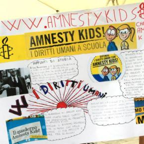 clicca sull'immagine per aprire la sezione del sito Amnesty Kids dedicata a noi