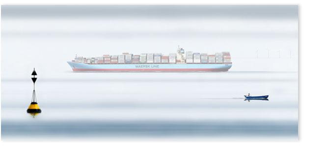 Maersk Containerschiff in der Elbmündung bei Cuxhaven.