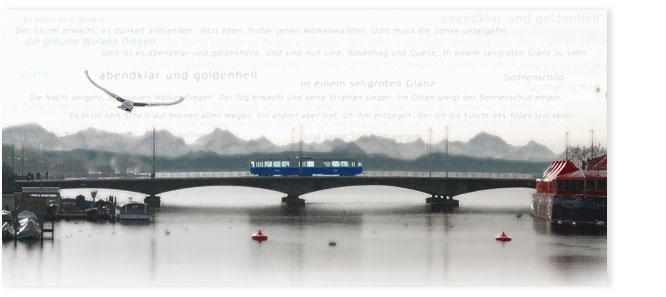 Tram auf Quaibrücke vor der Limmat im Morgengrauen mit übergelegtem Gottfried Keller Text.