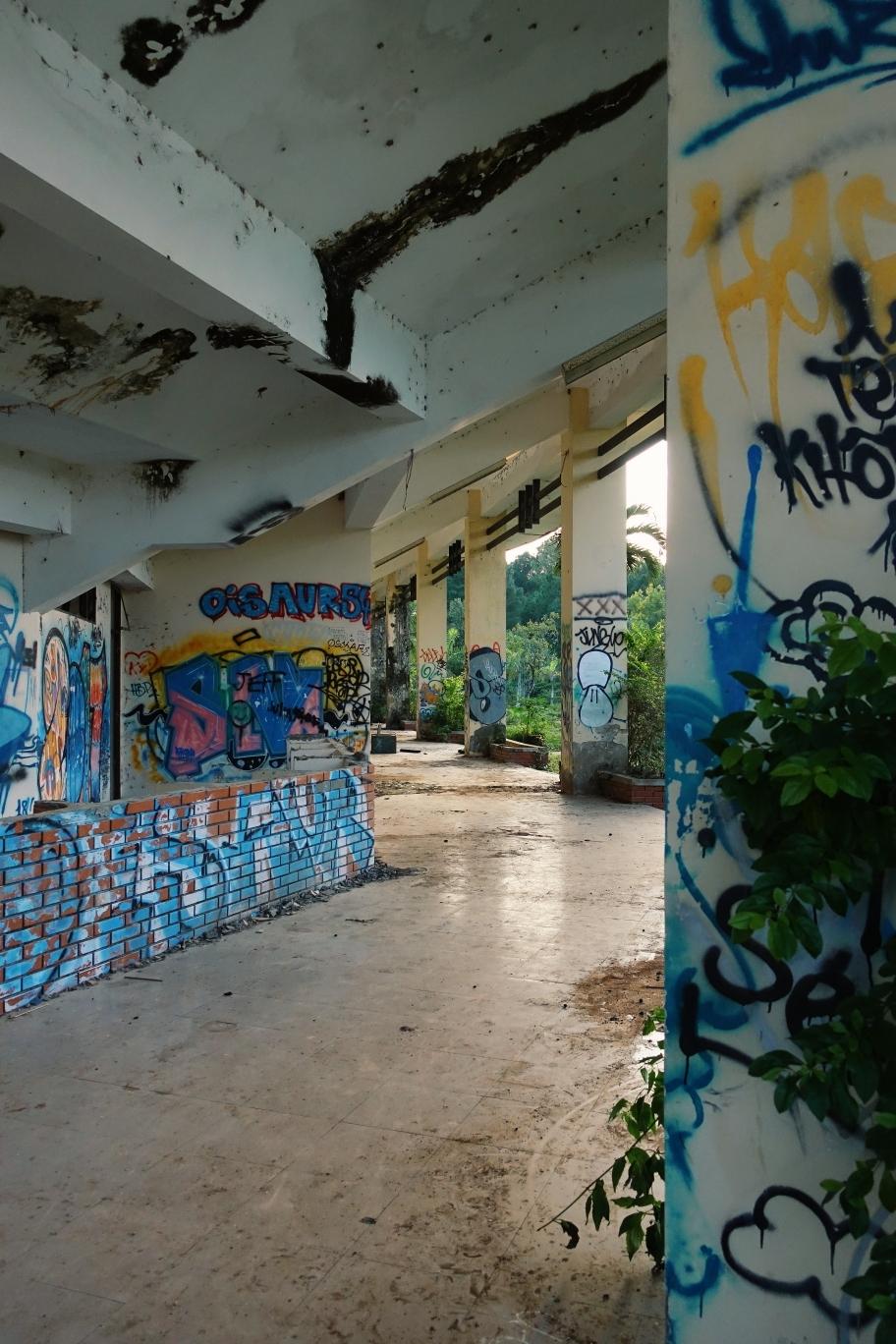Hue: Abandoned Water Park