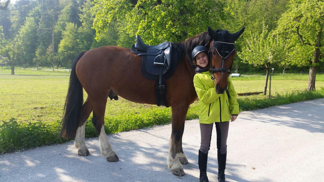Freiberger Hendrik mit seinem Hemano Nova Highflex zusammen mit Alessia