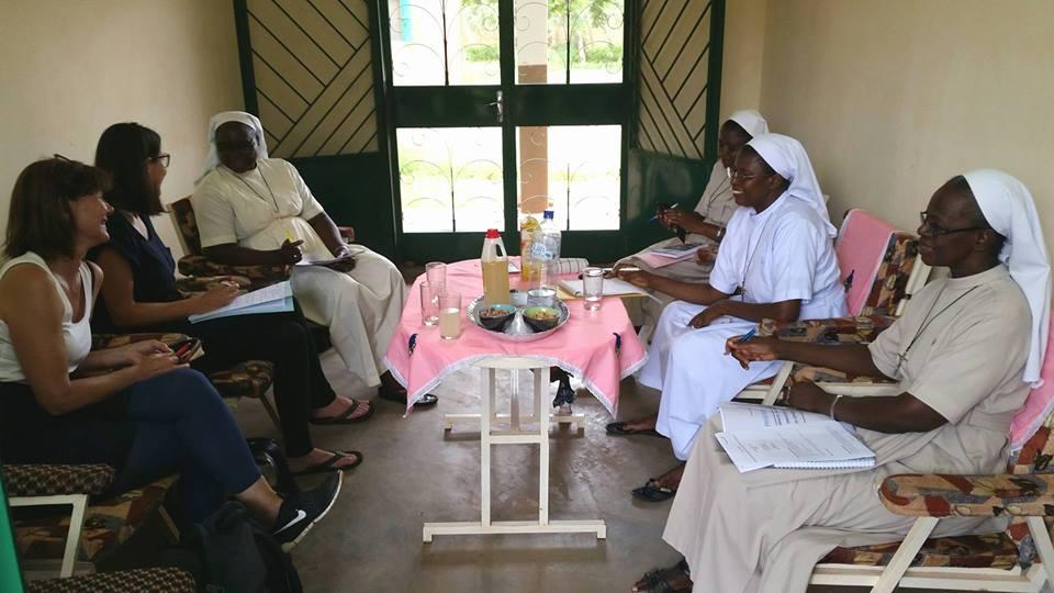 Gespräche zwischen dem VfhH und der Leitung des Zentrums für Kinder in Not LSI: Wir haben auf unsere 16-jährige Zusammenarbeit zurückgeblickt und neue Projekte ins Visier genommen.