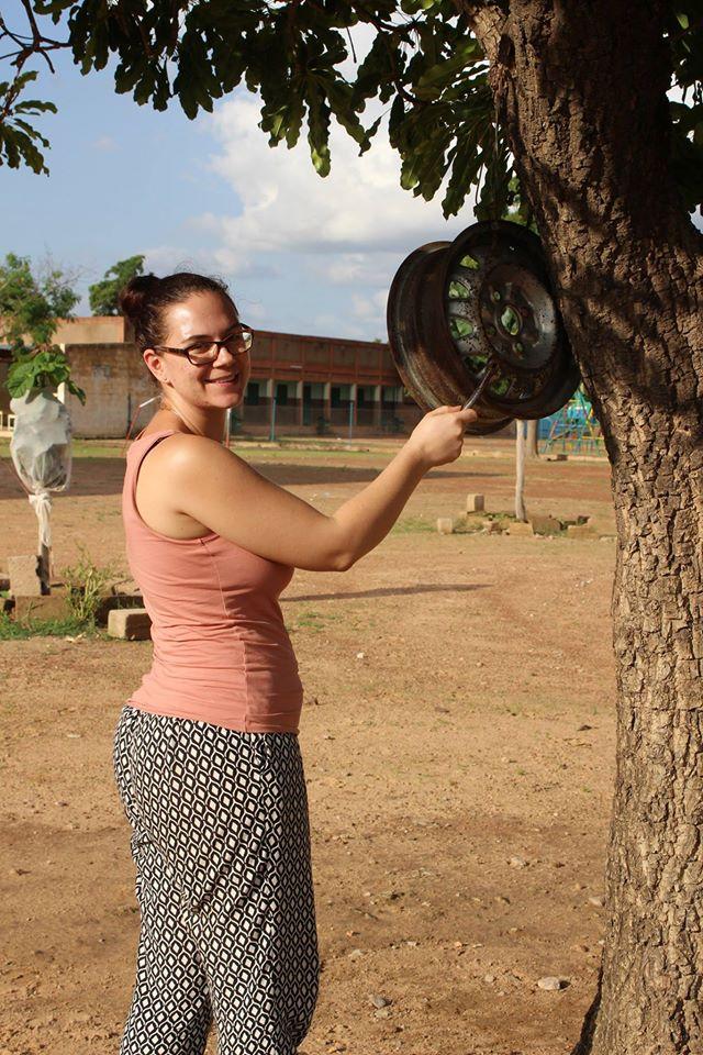 Eine Schulglocke à la Burkina!