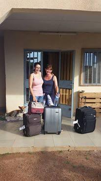 Und schon heisst es wieder Abschied nehmen: Lisa und Ursula machen sich mit vielen Eindrücken, etwas müde, aber glücklich auf den langen Heimweg.