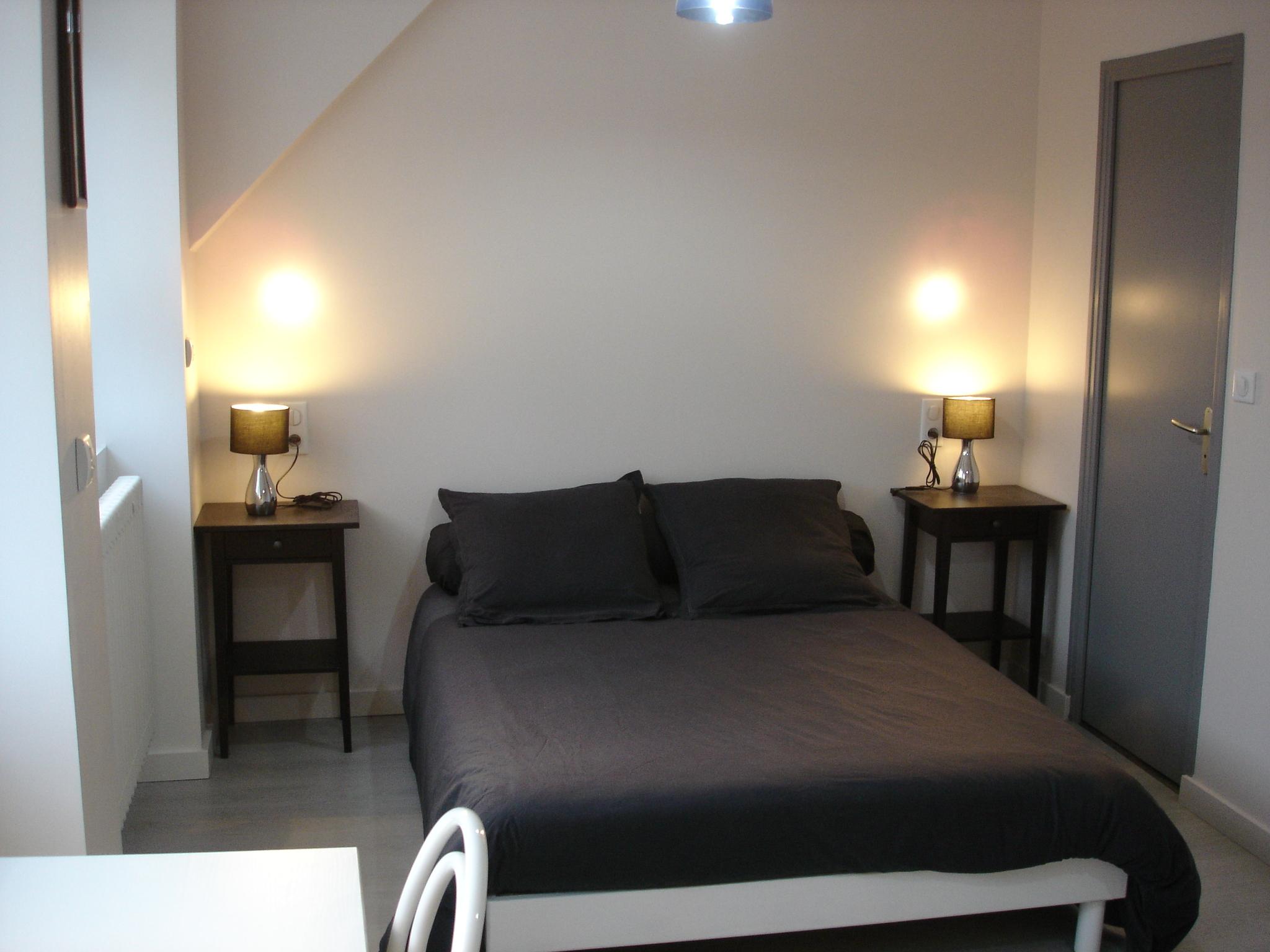 Chambre parentale 4 étage (vue grand lit)