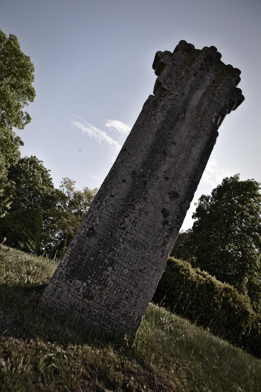 Der Sühnestein der Dorfkirche Gustow