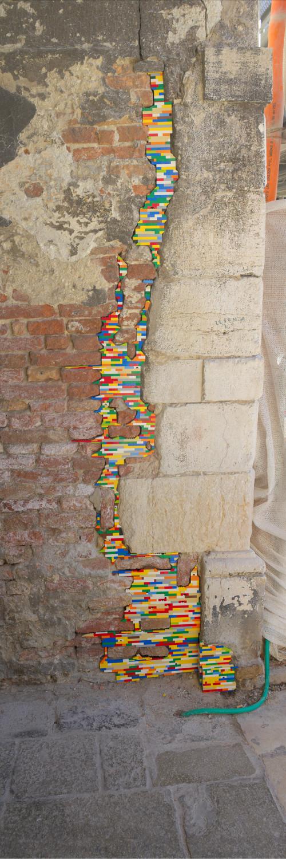 Lego Street Art Around The World Walyou