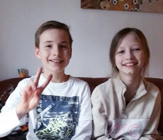 Amelie und Philipp haben Spenden für Pechpfoten gesammelt