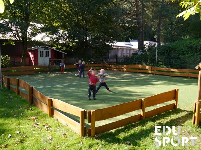 Teppichvlies-Bolzplatz für Kindergarten von Edusport