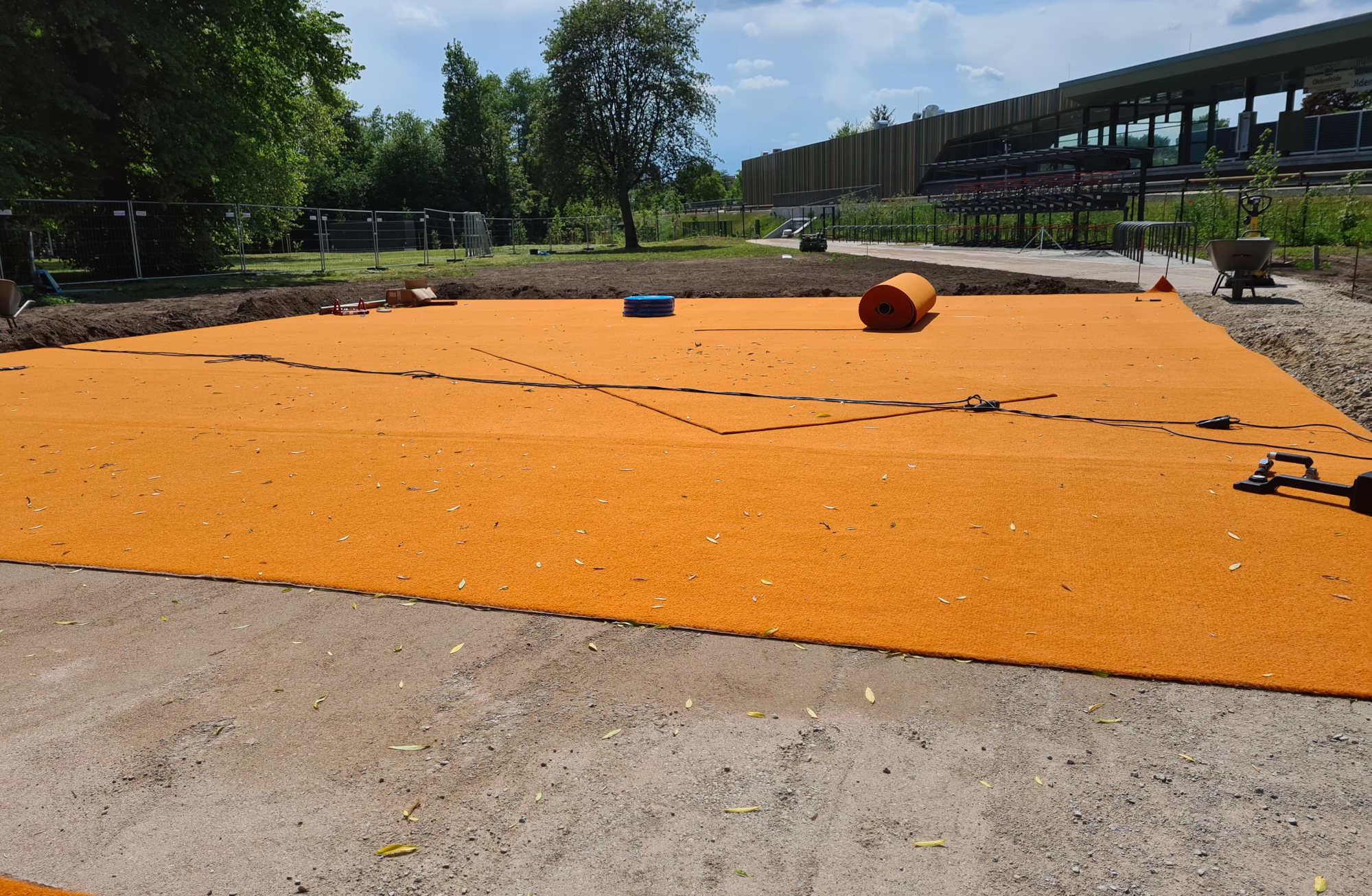 Multisport-Teppichvliesbelag mit Unterbau