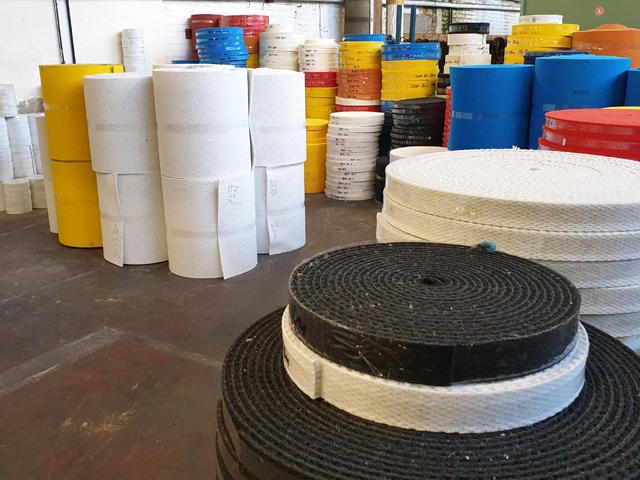 Teppichvliesbelag aus Polypropylen Fasergewicht 1150 1300