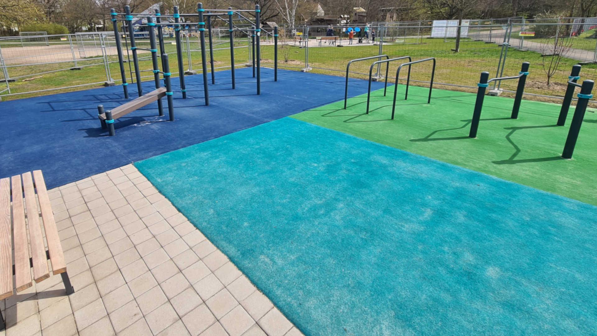 Teppichvlies-Fallschutz für Calisthenics-Parks und Fitness-Geräte