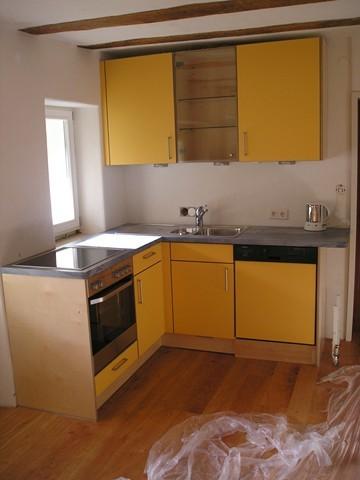 Kleinküche aus Multiplex Platte mit Laminatauflage orange