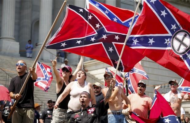 """""""Unser nationaler Albtraum"""", schreibt """"Quartz"""": Mitglieder des Ku-Klux-Klan in Columbie (US-Bundesstaat South Carolina). © Reuters / Chris Keane"""