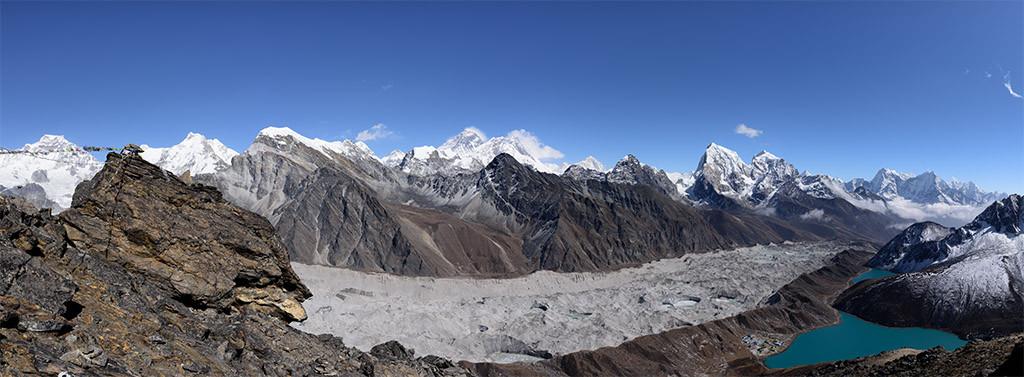 Panorama vom Gokyo Ri mit Mount Everest