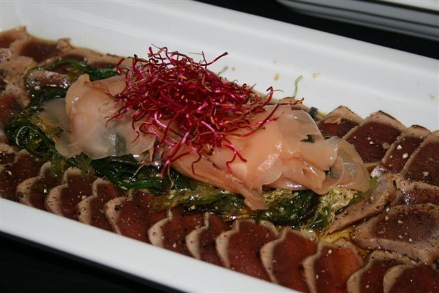 Teriyaki vom Thunfisch mit mariniertem Ingwer