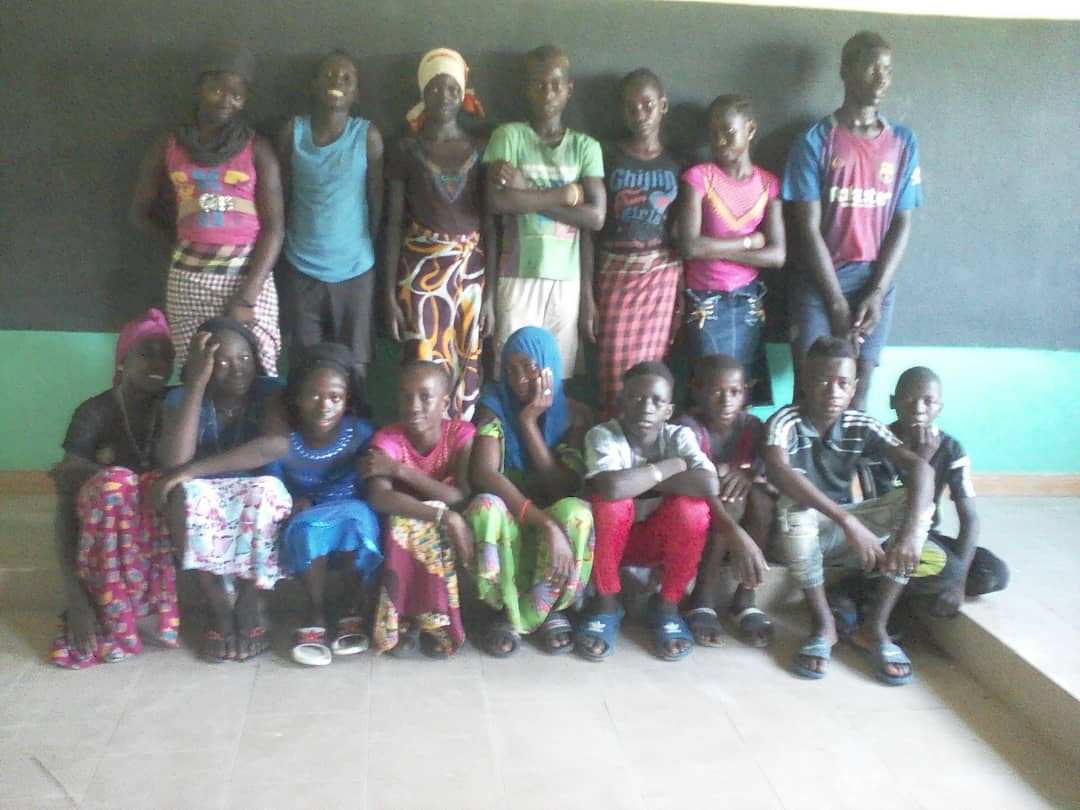 Ein Teil der Schülerinnen und Schüler, welcher die Sekundarschule besuchen werden.