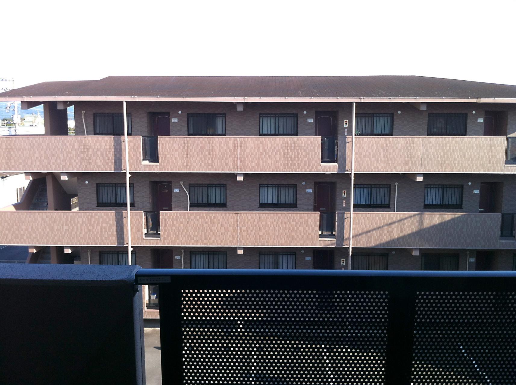 南棟 北側からの外観