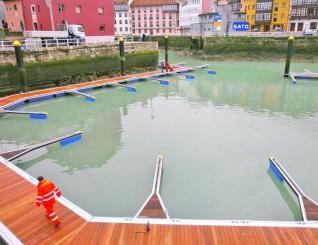 pantalanes flotantes, plataformas flotantes, puertos secos para motos de agua, puertos deportivos con pasarelas y pantalanes flotantes, pasarelas flotantes, parques acuáticos flotantes, acuicultura, p