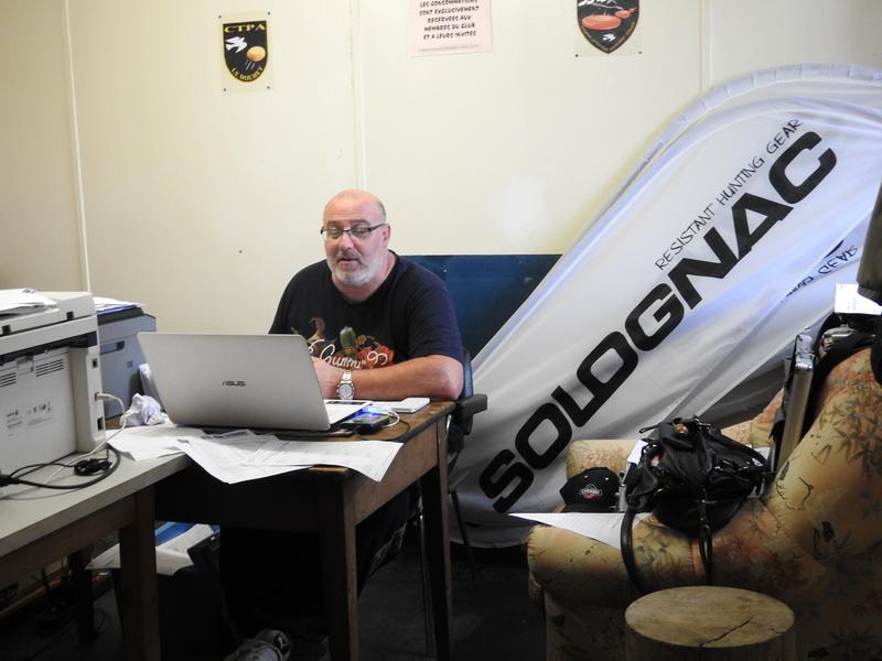THIERRY : Trésorier du Club DTL Le Douhet aux commandes du PC