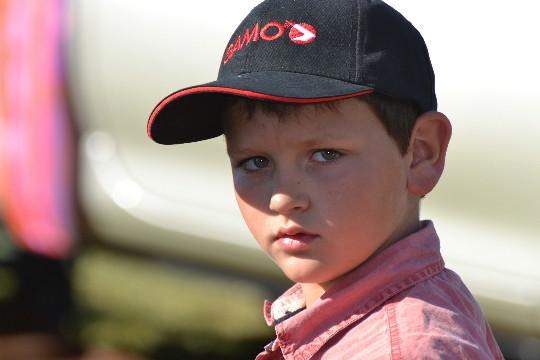 Un futur tireur......il a déjà la casquette......
