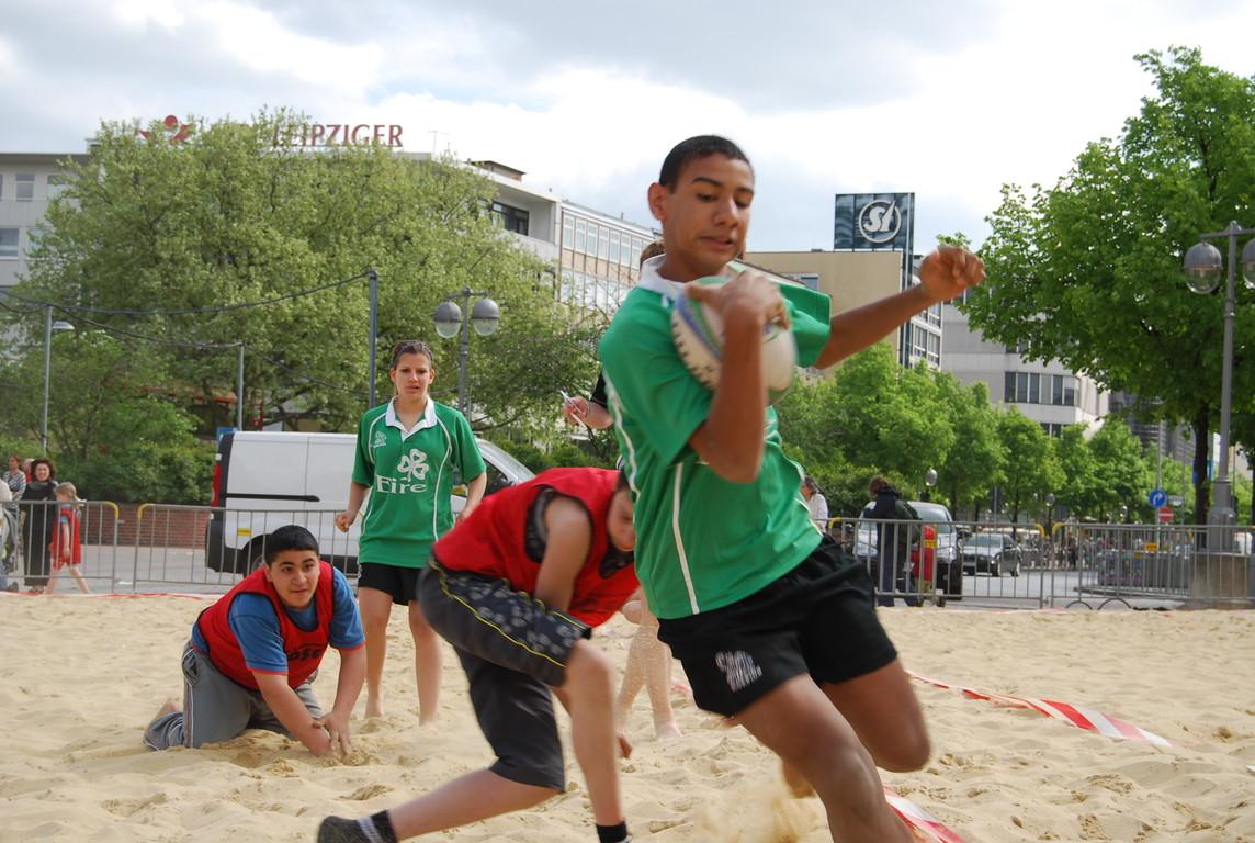Das erste Turnier 2009 - Beachrugby am Steintor