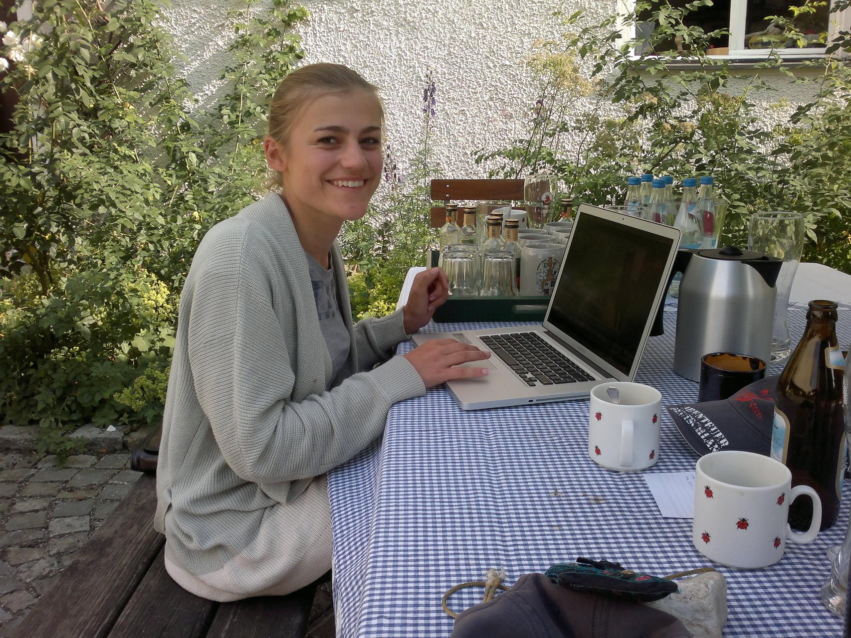 Hannah bei der Arbeit