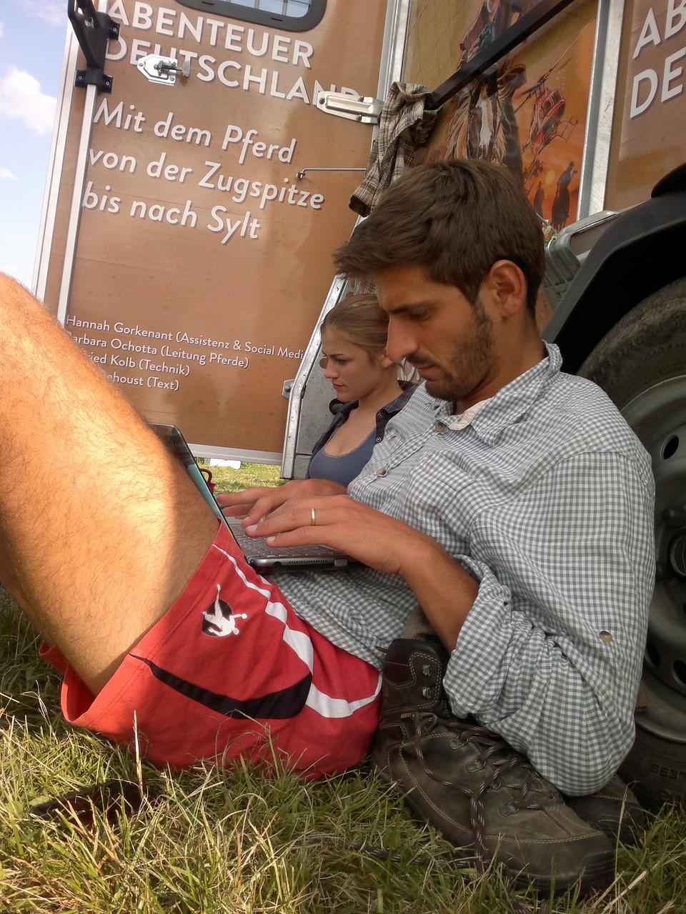 Johan - vertieft in seine Arbeit