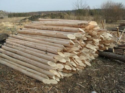 столб деревянный без коры
