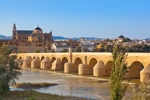 Puente Romano > Cordoba
