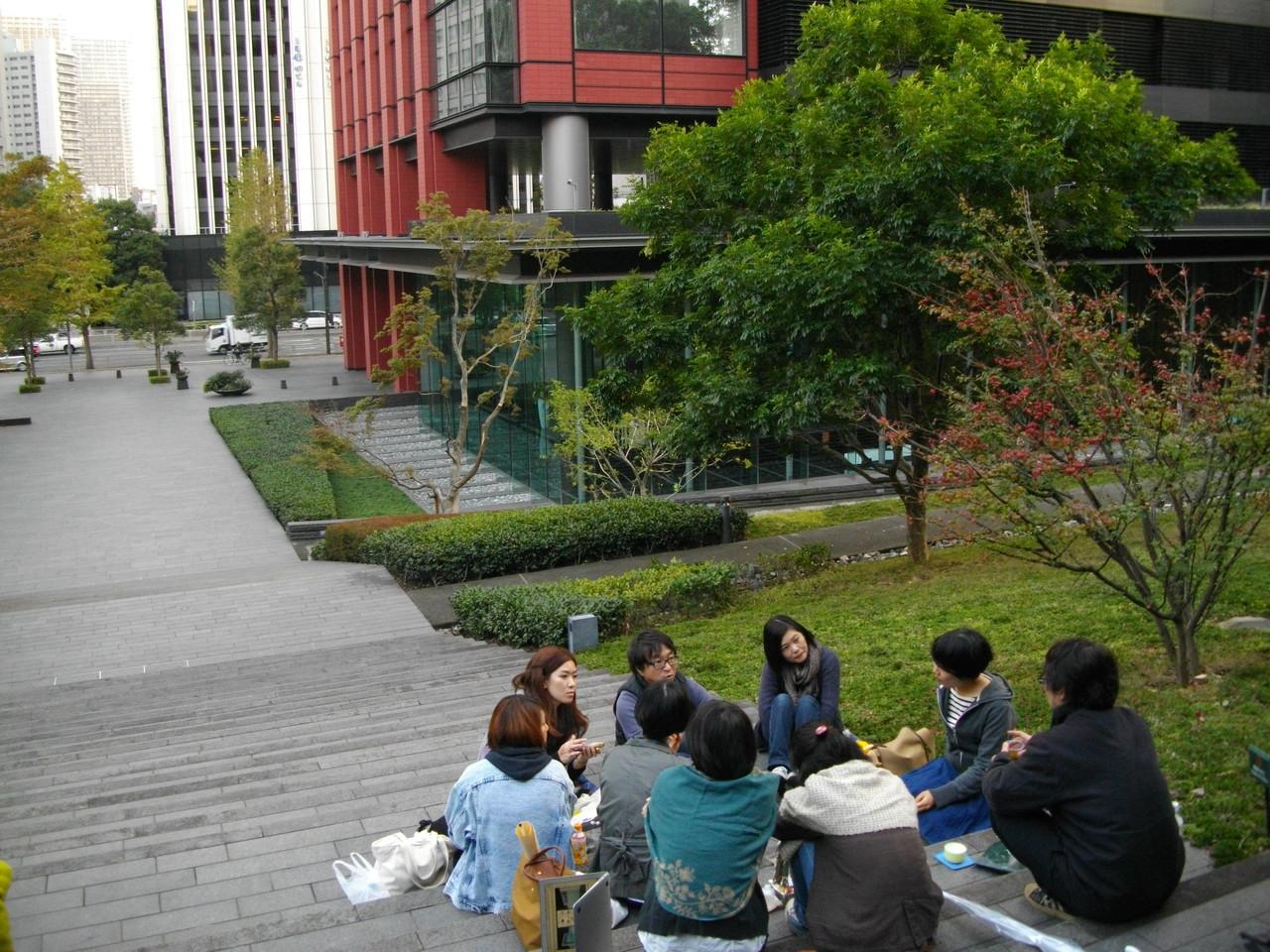 住友不動産三田ツインビル西館 公開空地。本日の最終地点です。