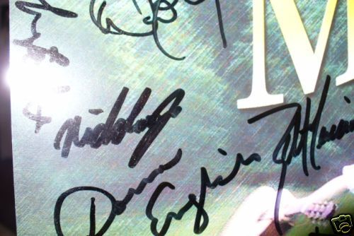 close up on Nick's autograph - credit ebay